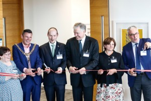 Cutting the ribbon on the new Austrian Consulate