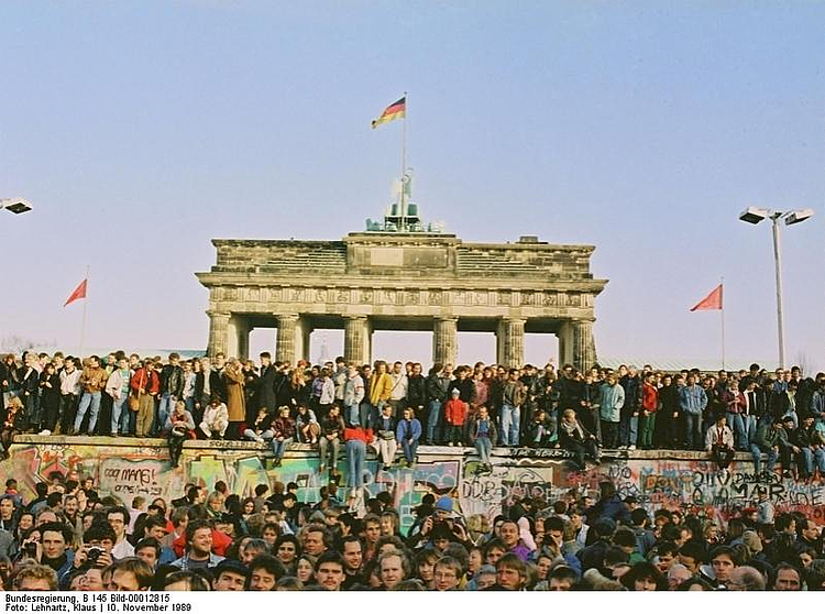 30th anniversary: Fall of the Berlin Wall